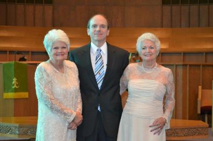 Mom, Courtney, & GJ